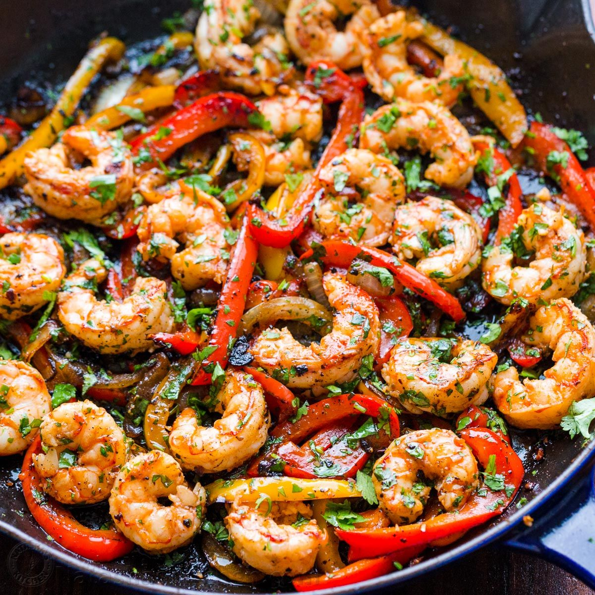 Easy 1 Pan 30 Minute Shrimp Fajitas With The Best Marinade Shrimpfajitas Shrimpfajita