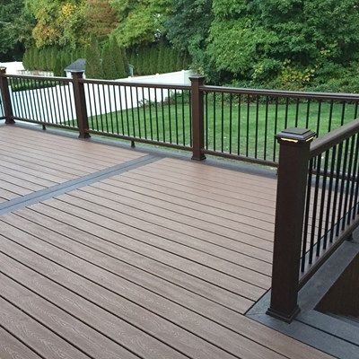 Best Sometimes Less Is More With This Rectangular Deck 400 x 300