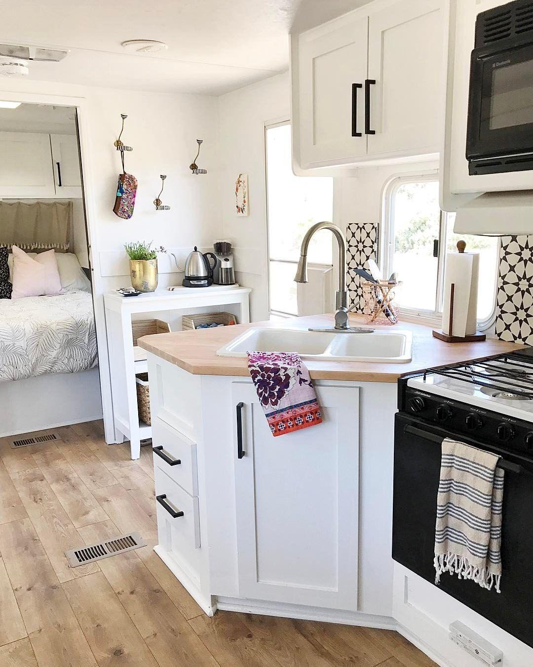 43 Best Kitchen Setup Ideas for Your Airstream Strailer ...