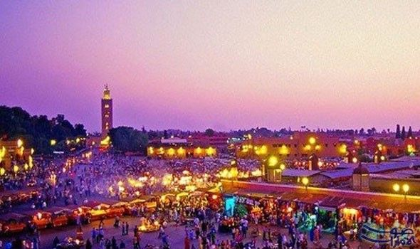 وفد روسي يزور مراكش ويلتقي العاملين في زار وفد من المهنيين الروس في القطاع السياحي من بينهم وكالات الاسفار وممثلو عدد م Visit Marrakech Marrakech City Guide