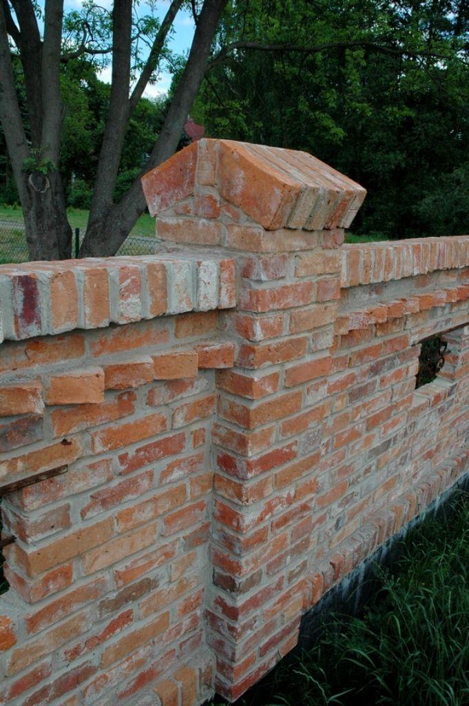 Bildergebnis f r zaunpfosten aus ziegeln mauern - Backsteinmauer im garten ...