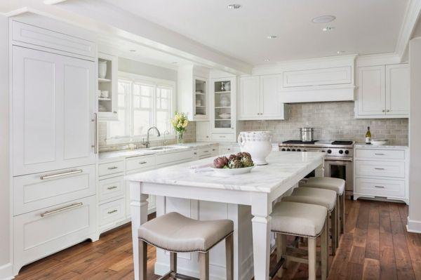 Küchenrückwand dekor ~ Traditionell marmor kücheninsel küchenrückwand weiß küche küchen