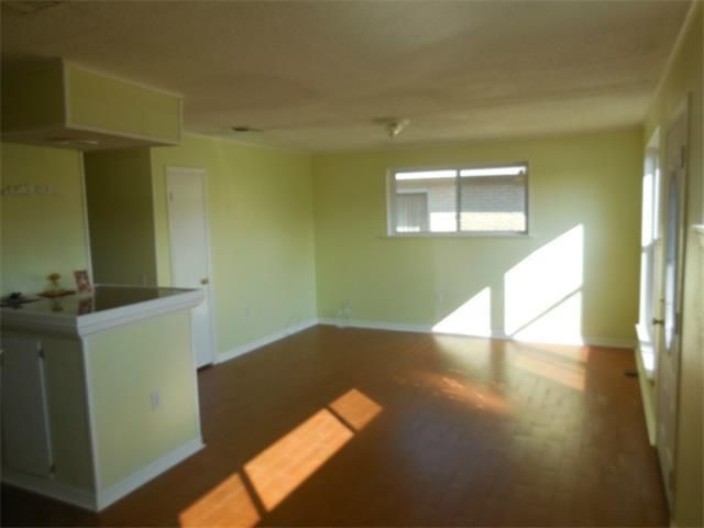 1324 Maplewood Dr Harvey La 70058 Home For Sale And Real Estate Listing Realtor Com Renting A House House Home