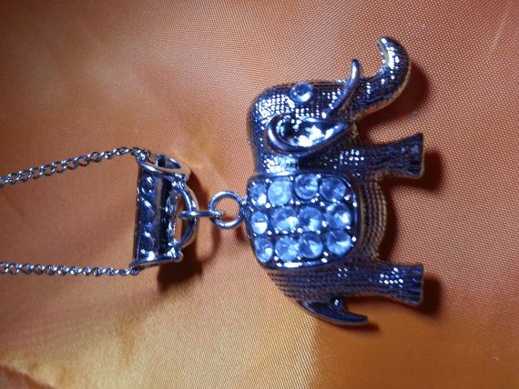 Hey, I found this really awesome Etsy listing at https://www.etsy.com/listing/224240349/costume-necklace-silvertone-with