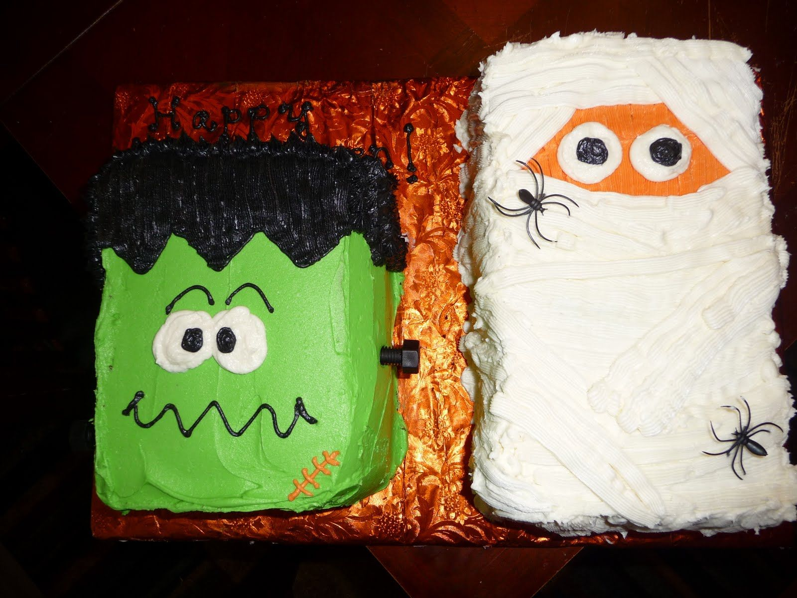 made these super easy halloween cakes yesterday for a halloween party my kids were going to i wanted something cute and not too scary sinc - Scary Halloween Cake Recipes