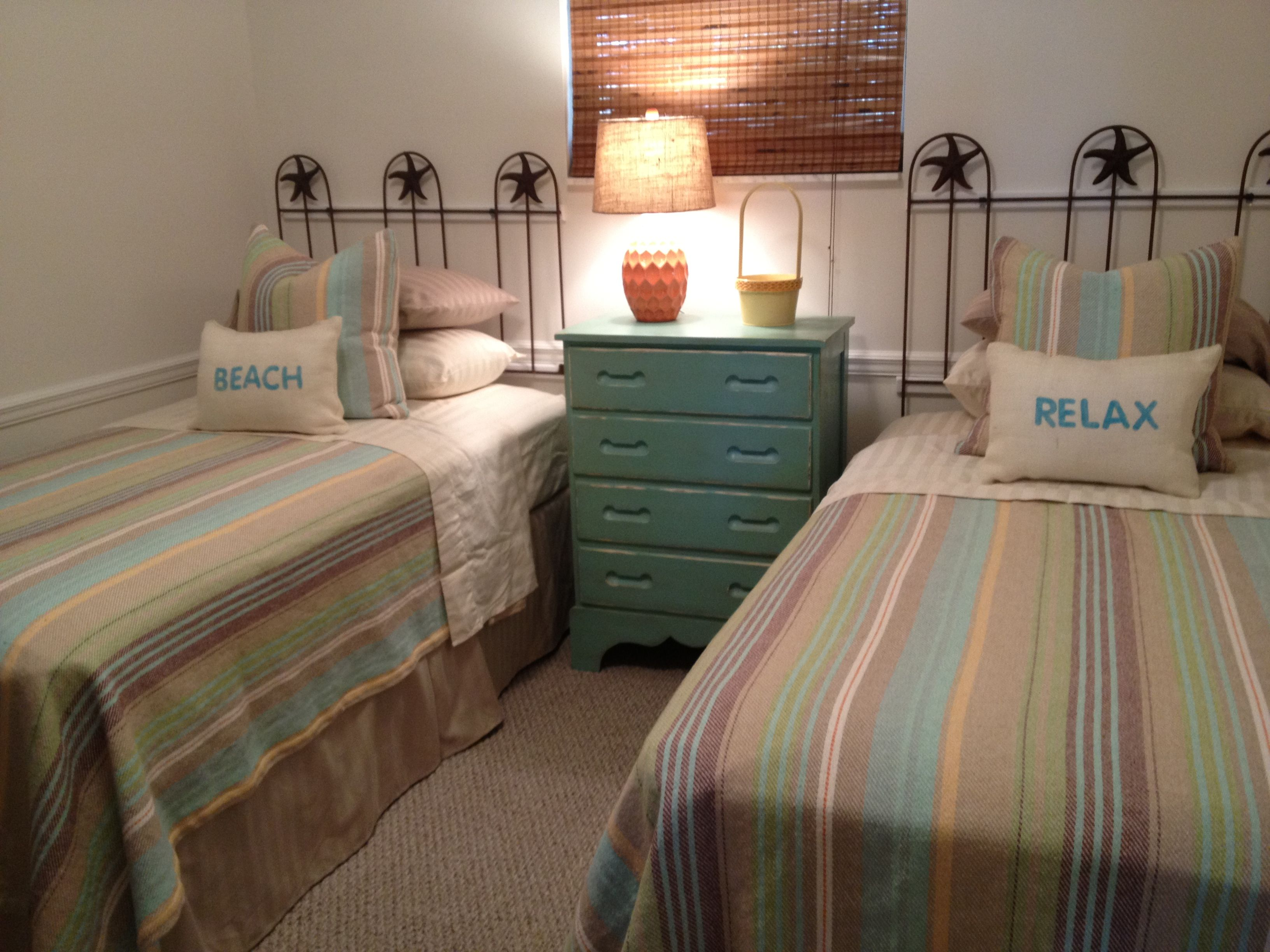 Beach house guest room with dash and albert throws for Dash and albert blanket