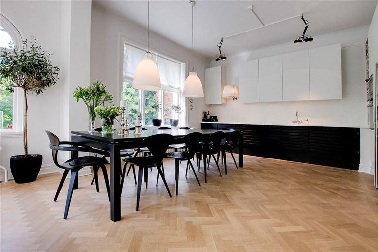 Grymt kök i Helsingborgsvillan.