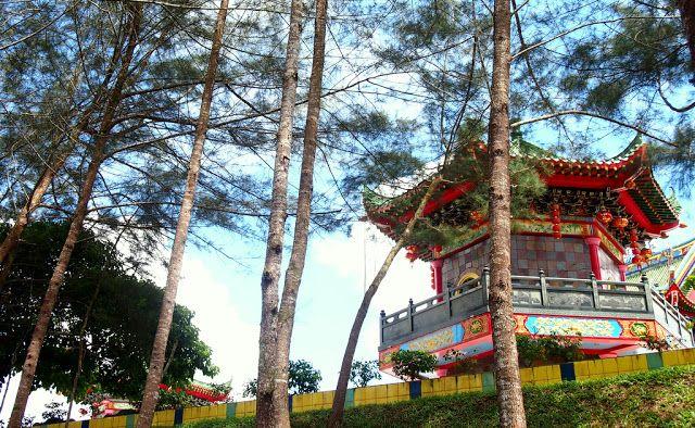 Yu Lun San Tien En Si / Jade Dragon Temple.    Globetrotter: Teaser | Sibu, #Sarawak - Kembara Cuti-Cuti 1Malaysia #KCC1M #VMY2014 #GayaTravel