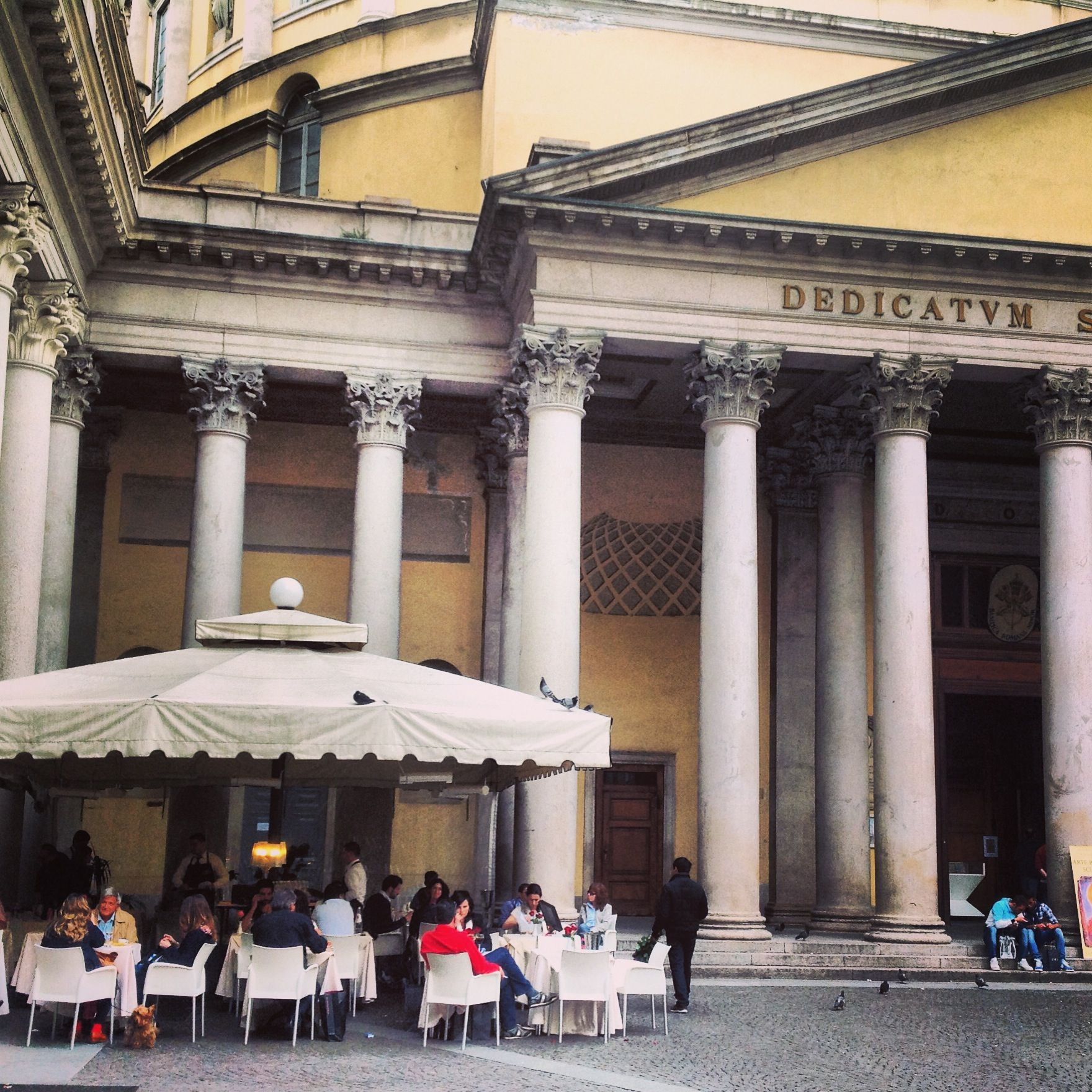 Lovely cafe, just off Corso Vittorio Emanuele, Milan.
