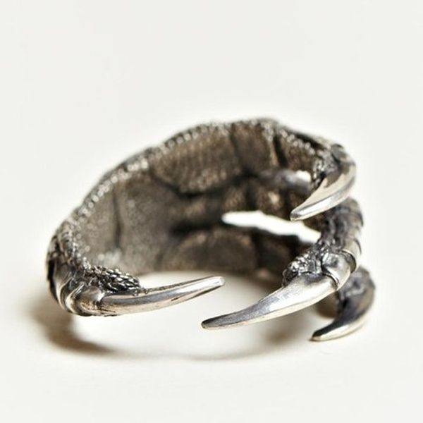 Dragon claw ring, how awesome!