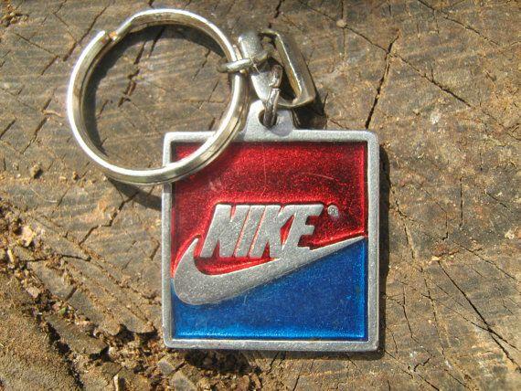 Vintage Nike Keychain In 2020 Vintage Nike Nike Accessories Nike