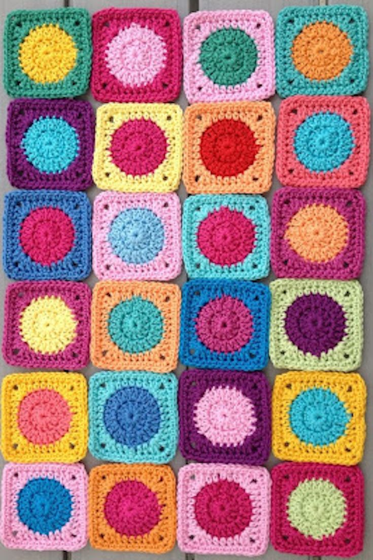 Free Crochet Pattern] These Cute Mini Granny Squares Can Be Used For ...