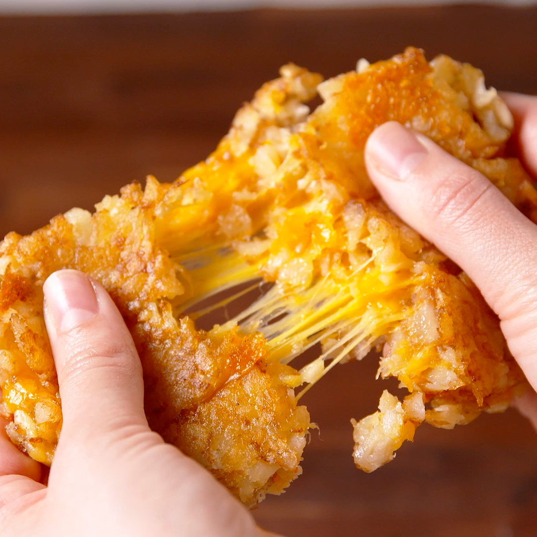 Tater Tot Grilled Cheese -