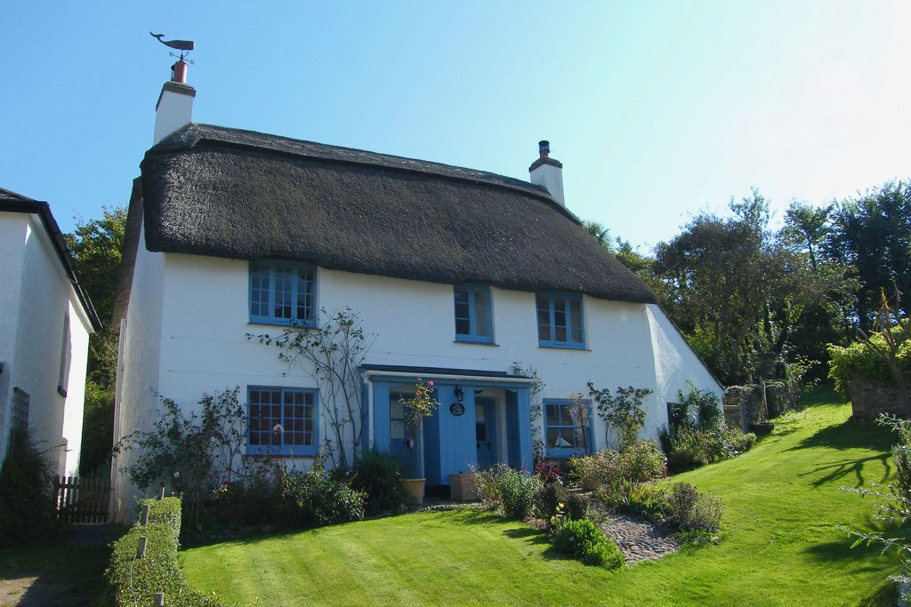 A lovely seaside cottage at Inner Hope (Hope Cove) in South Devon, England.