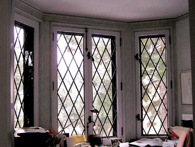 this leaded lattice bay window will give your home an authentic