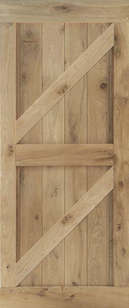 Wooden door with struts_small