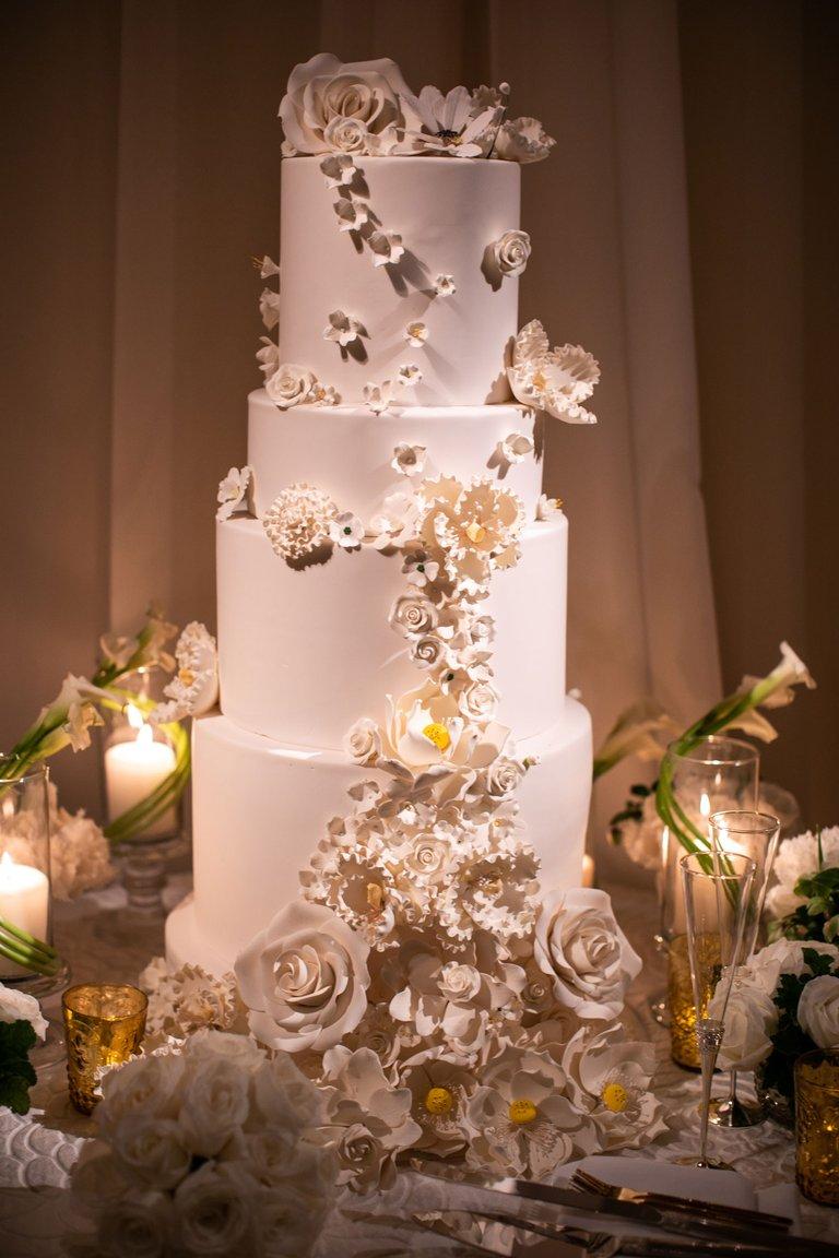 Garden Inspired Wedding with White + Gold Décor in Beverly ...