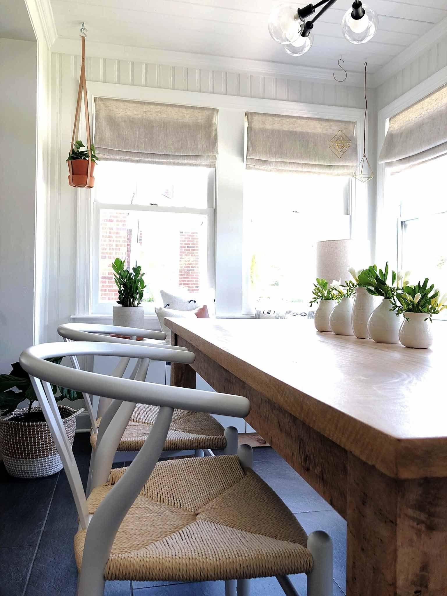 Dining Room & Entryway - Guest Participant of the One Room Challenge   That Homebird Life Blog   #oneroomchallenge #diningroom #interiorinspiration #diningroomdecor