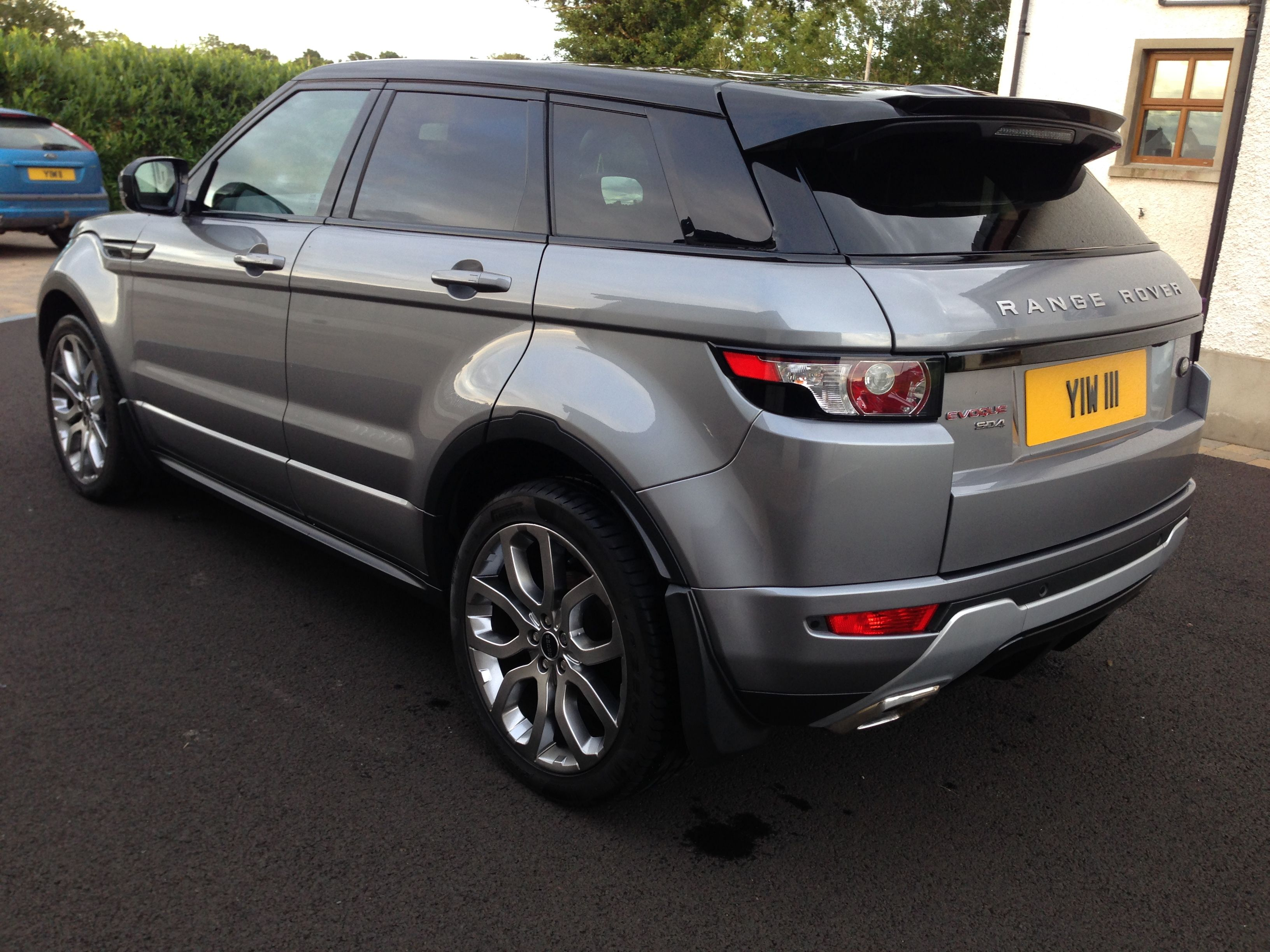 Photo of Range Rover Evoque Orkney Grey Black Roof Panoramic SD4 Dynamic YIW 111