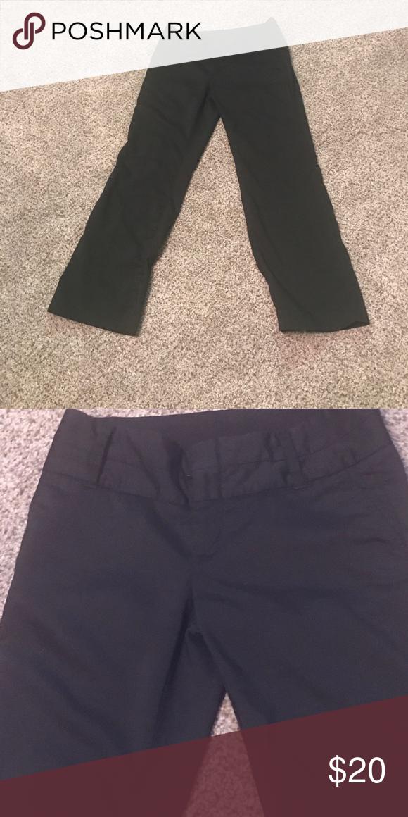 GAP Dress Pants Gap Stretch Wool Black Dress Pant.  Hidden eye closure and Button with Zipper.  2 back flap pockets. GAP Pants Trousers