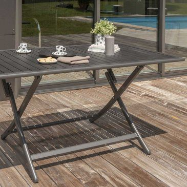 table pliante en aluminium coloris gris