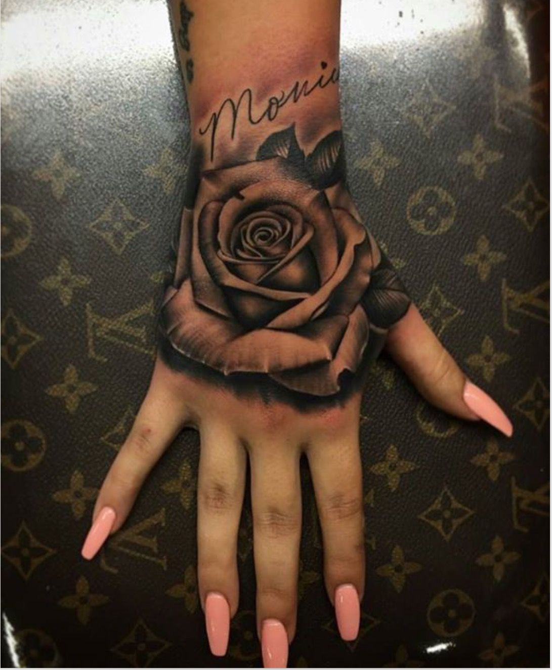 Islayyyx3 Hand Tattoos Hand Tattoos For Women Rose Hand Tattoo