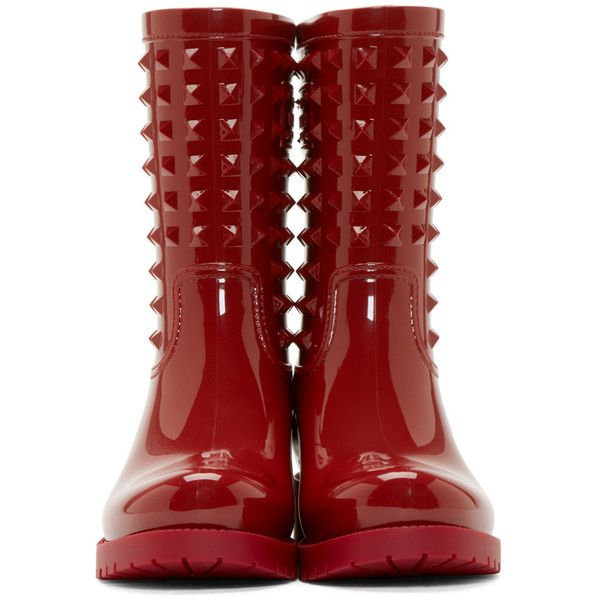 Valentino Red Glossy Rockstud Rainboots (623.830 COP) ❤ liked on Polyvore featuring shoes, red shoes, rubber boots, red studded shoes, rubber rain boots and red shiny shoes