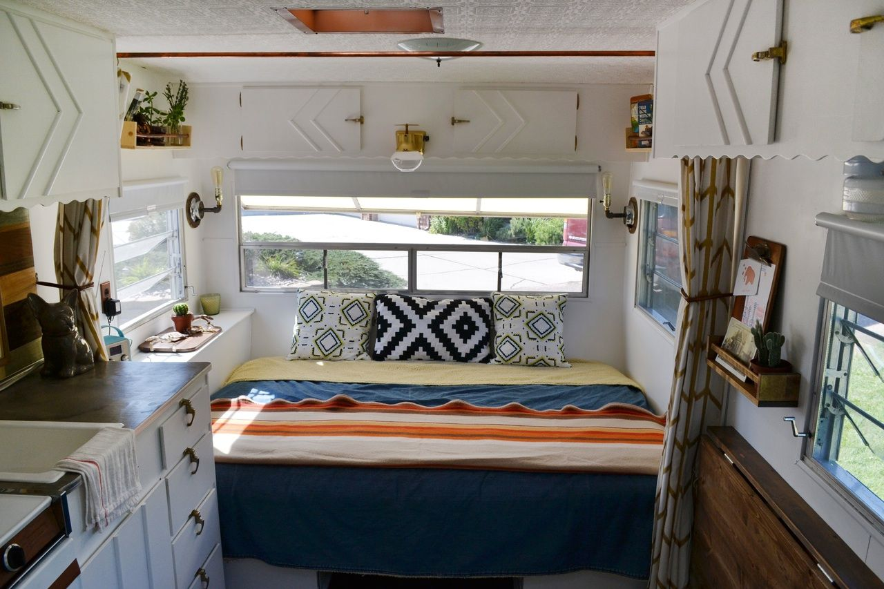 This Couple And Their Goldendoodle Call Elsie The 120 Square Foot Trailer Home Tiny Mobile House Tiny House Towns Home