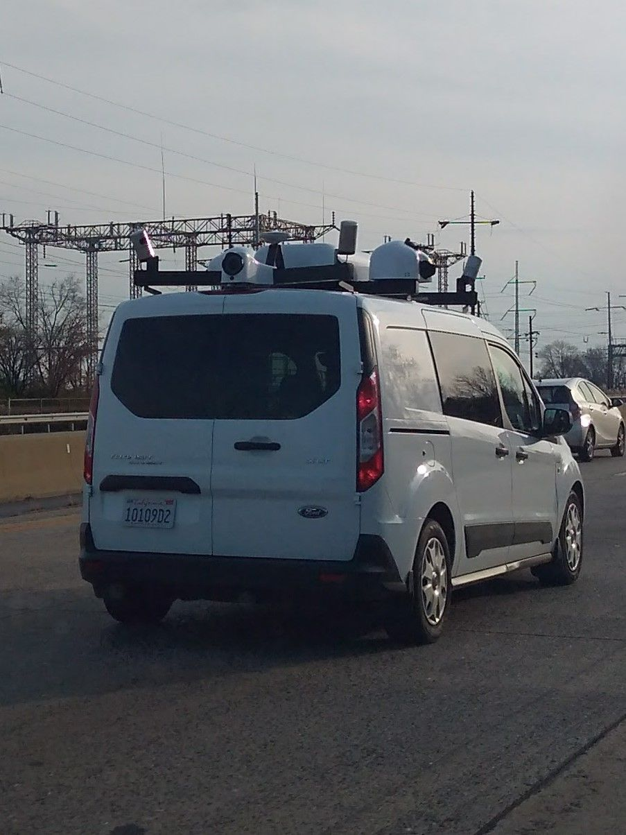 #AppleComputers #employee seen in #Delaware driving on #Interstate495 through #ClaymontDelaware in an #AppleMaps truck from #California