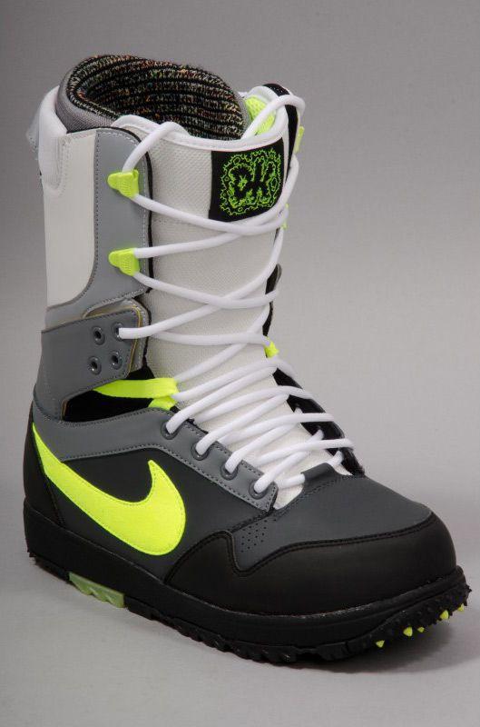 chaussure nike neige