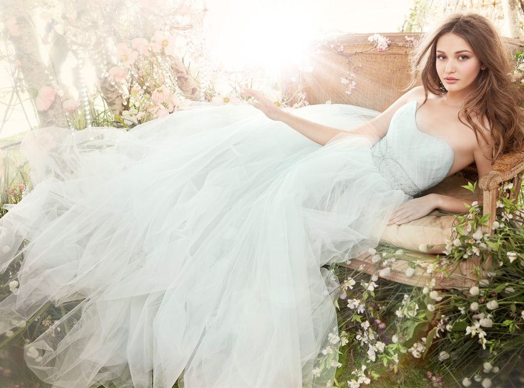 Ivory/Cloud Tulle Bridal Ball Gown, Strapless Sweetheart
