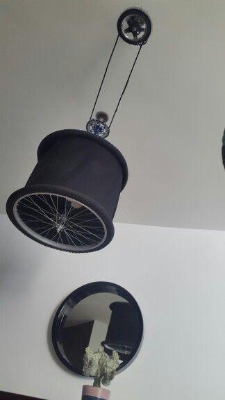 Lampara de piezas de bicicleta