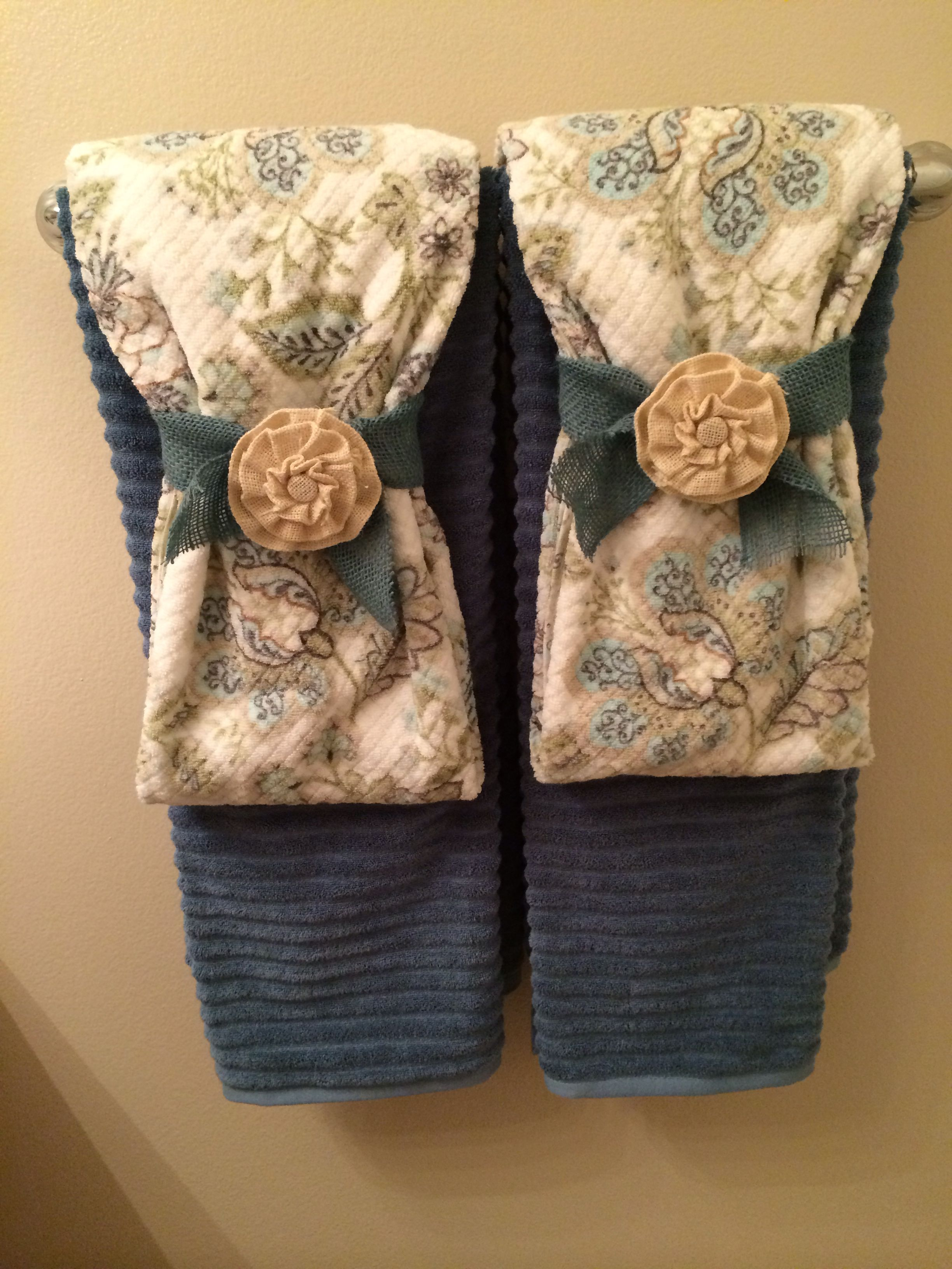 Guest bathroom towel display blessings burlap bread - How to decorate a guest bathroom ...