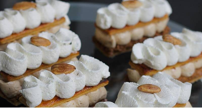Mille Feuilles Praline Recette Herve Cuisine Recette Biscuit Facile Cookies Pepite Chocolat