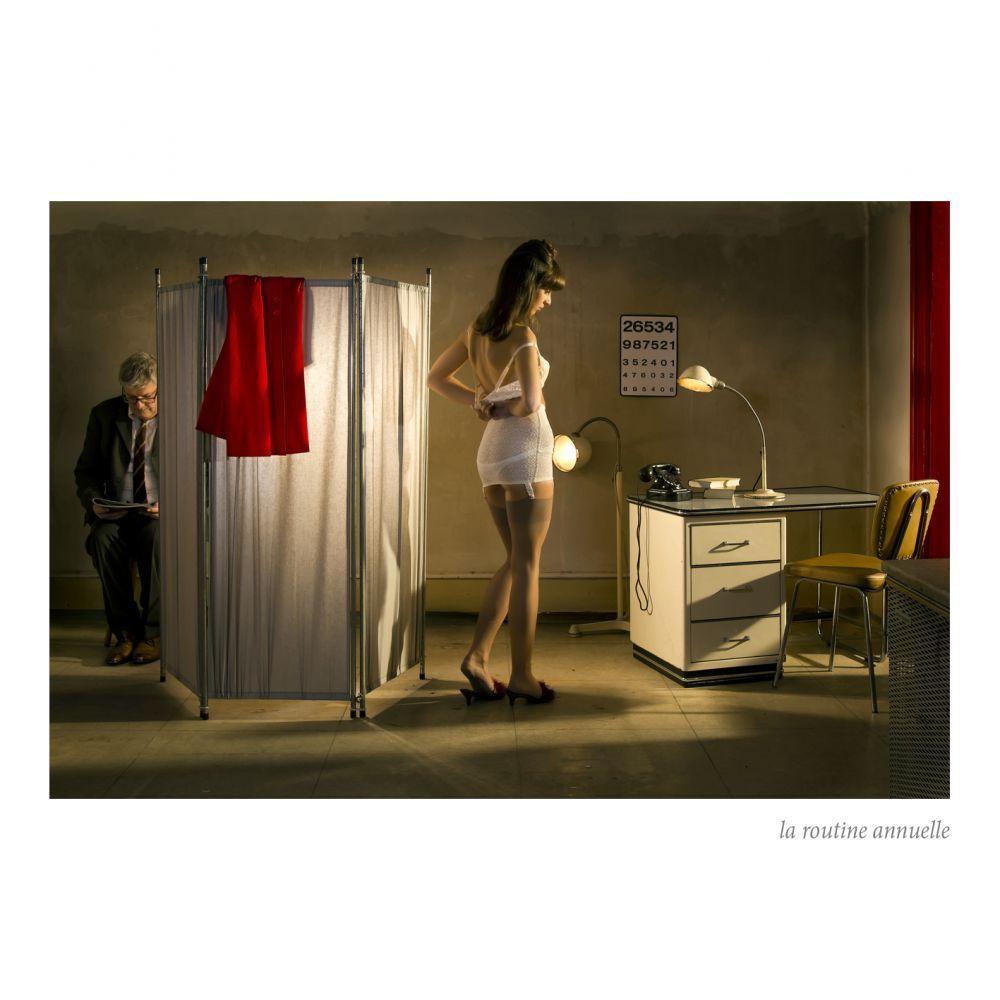 私はオランダの女性とこの姿勢を認識しています