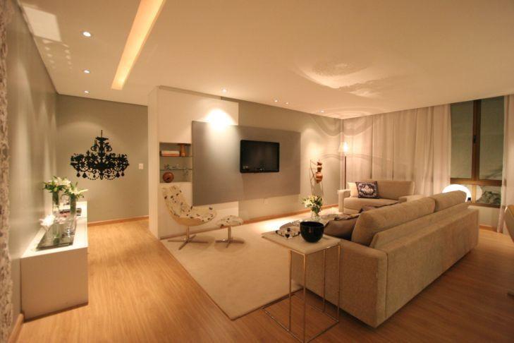 Apartamentos pequenos modernos decorados com piso laminado for Sala de estar segundo piso
