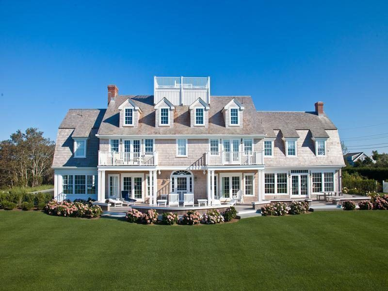For 4 5m a classic shingle style estate on cape cod for Cape cod style houses for sale