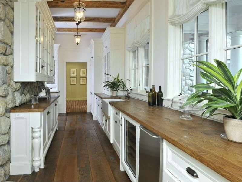 White Galley Kitchen 25 of our very best traditional kitchen designs | white galley