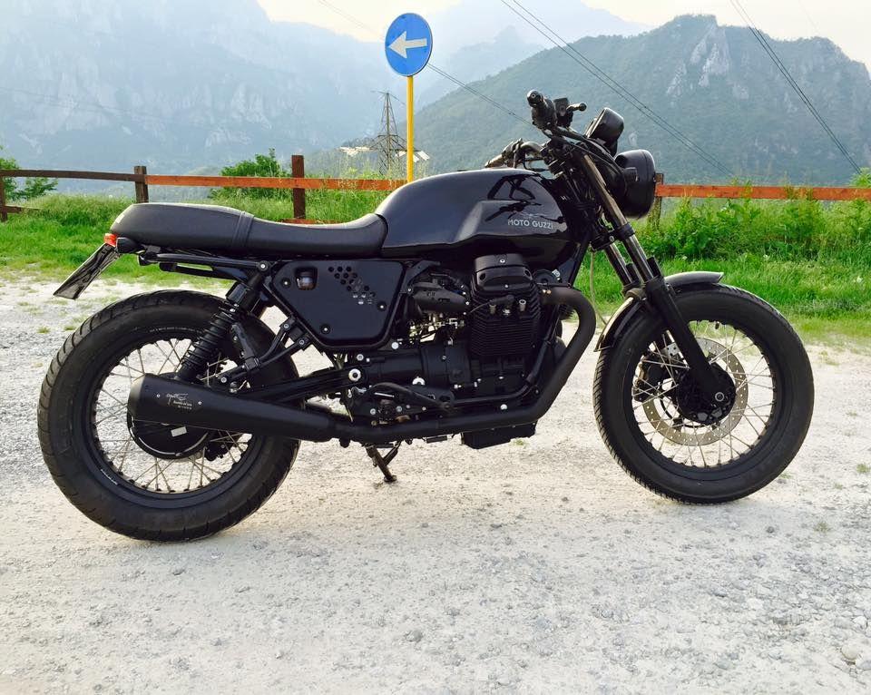 Moto Guzzi V7 Classic Stealth Moto Guzzi Cafe Racer Moto Guzzi Moto Guzzi V7 Classic