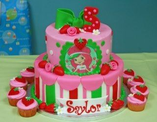 Remarkable Strawberry Shortcake Birthday Cake By Amandas Cakes Taart Personalised Birthday Cards Cominlily Jamesorg