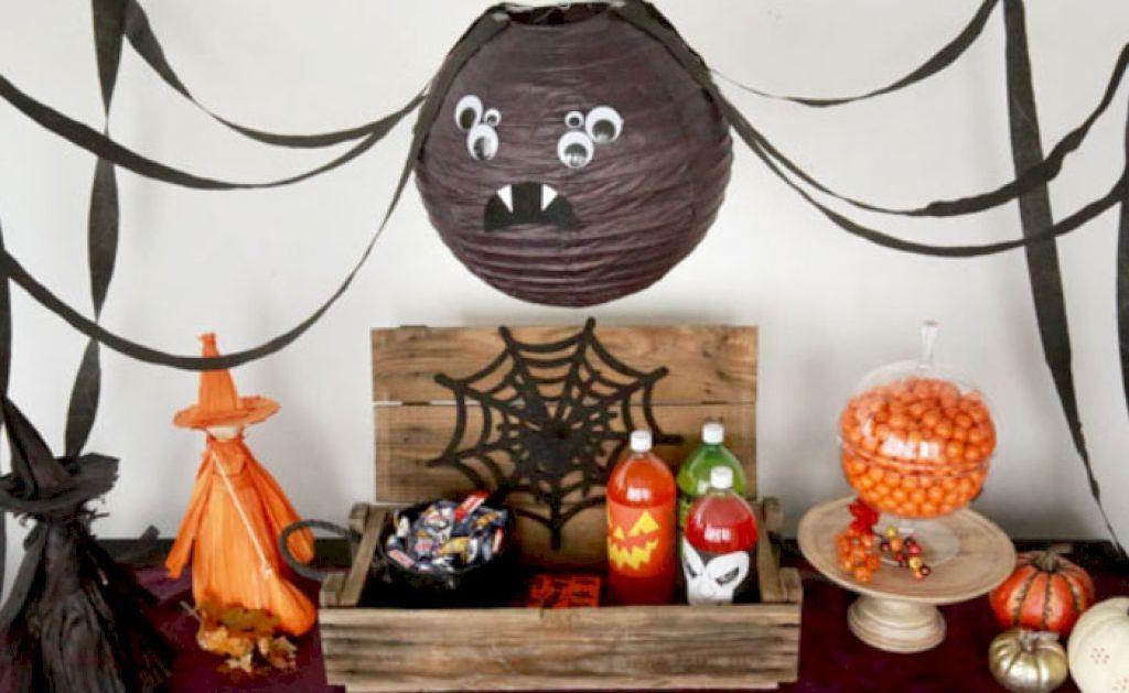 47 Easy Homemade Halloween Decor Ideas Homemade halloween and Holidays - how to make homemade halloween decorations for kids
