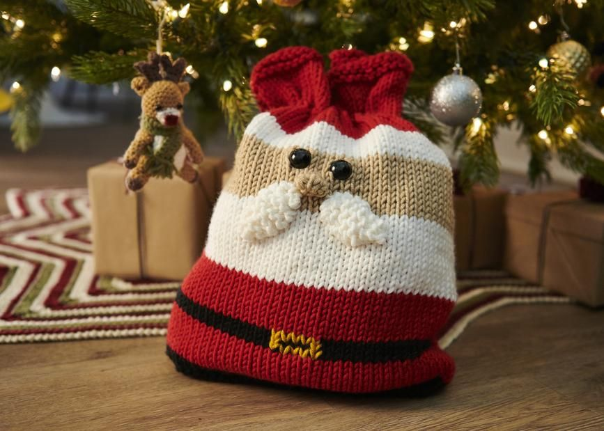 Santa Gift Bag | Christmas knitting patterns, Christmas ...