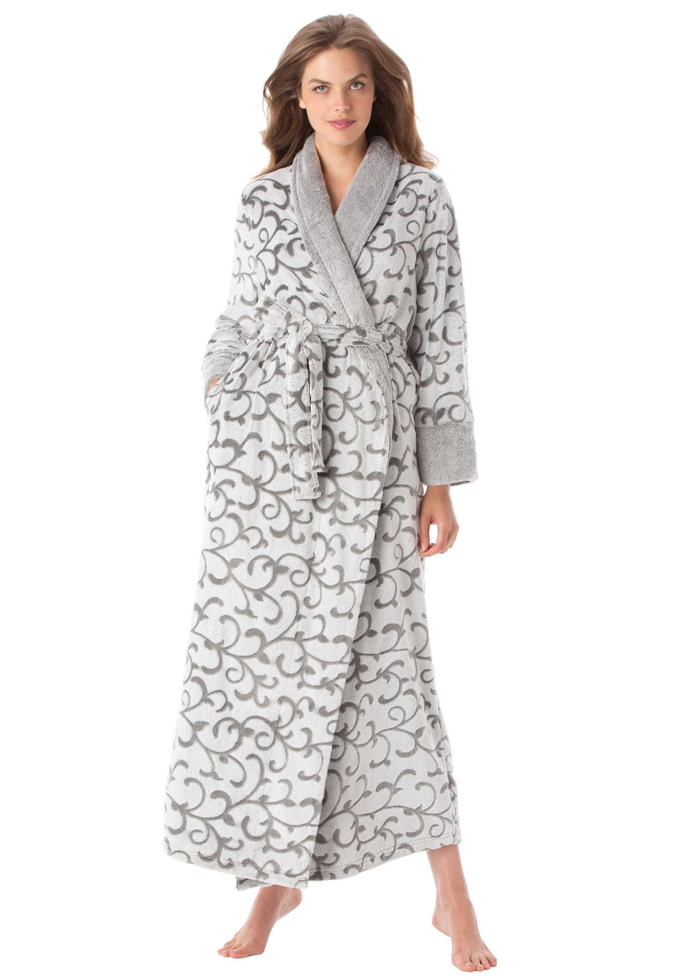 We made a robe in the world s softest plush in a beautiful scrolled