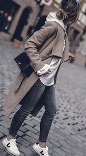 Herbst-Outfit 2017 Frauen niedlich adrette Edgy Classy Pullover Street Styles, Kam … - Fall outfits 2019 - fig BLog,  #adrette #Blog #Classy #Edgy #Fall #Fig #Frauen #Herbstoutfit #Kam #Niedlich #outfits #Pullover #Street #Styles