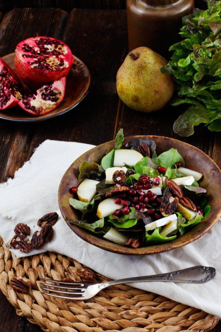Weihnachtssalat Mit Birne Granatapfel Und Camembert Rezept Rezepte Wintersalat Vorspeisen Rezepte