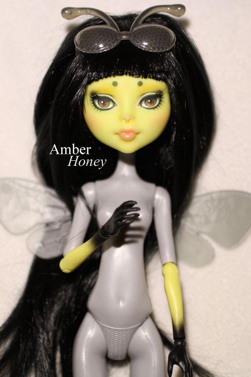 CAM bee repaint by Amber-Honey