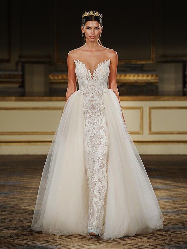 For Your Own Version Of Sofia Vergaras Wedding Look Opt A Different Fabric