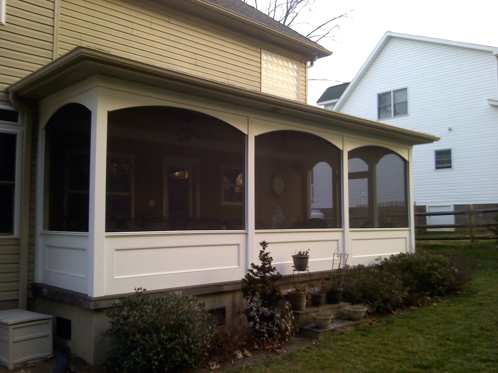 Screened porch with knee wall yahoo image search results for Screen walls for deck