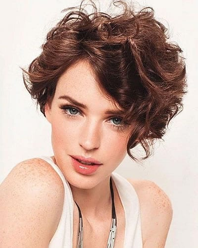 14 Amazing Wavy Hairstyles For Women In 2020 2021 Curly Hair Styles Short Wavy Hair Haircuts For Wavy Hair