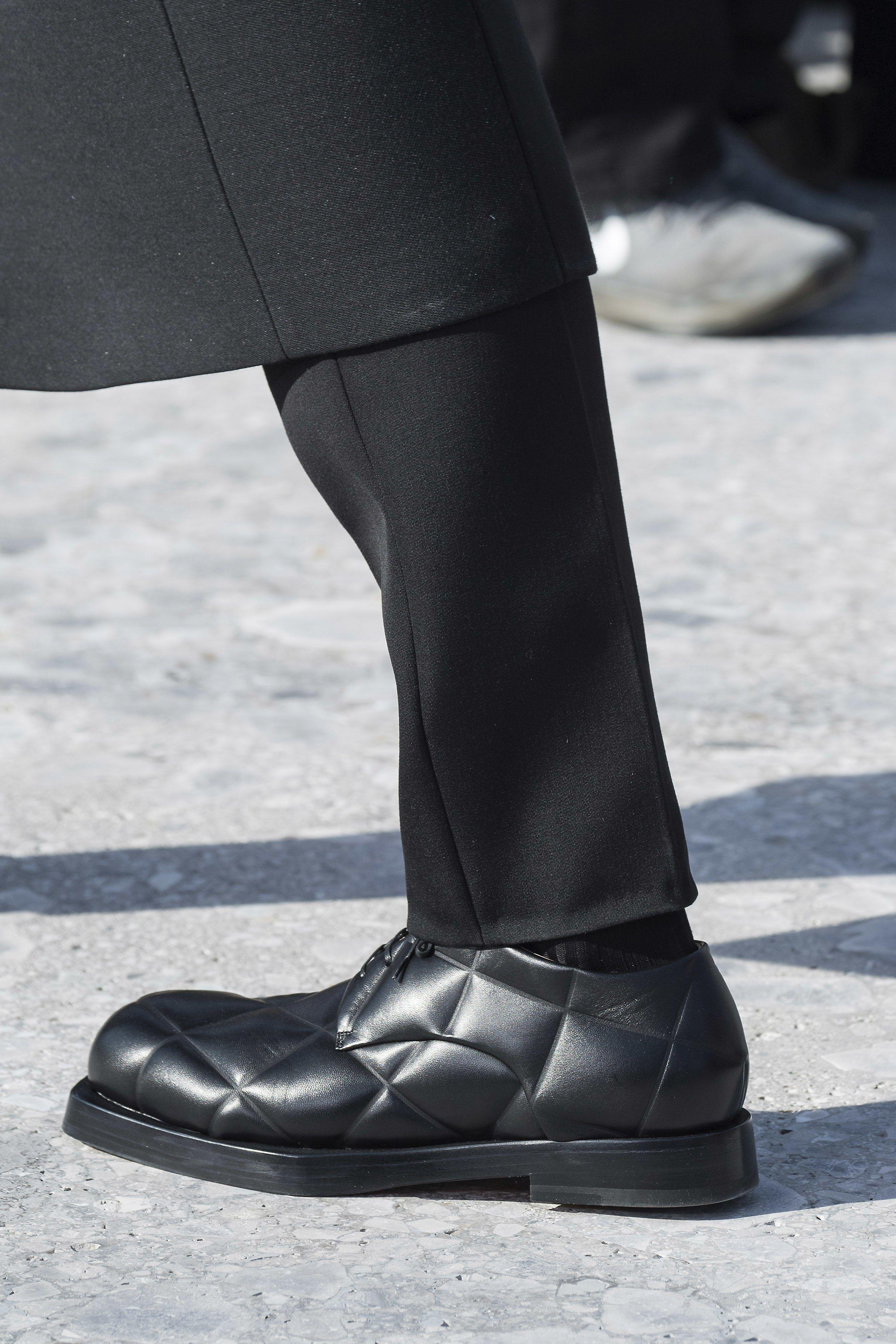Sneakers men fashion, Dress shoes men